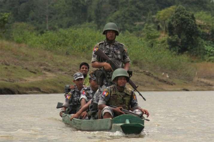 Myanmar orders Rohingya Muslims to leave tense border zone | AP- India TV