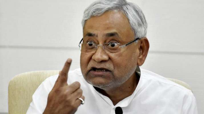 Nitish Kumar questions the benefits of demonetisation- India TV Paisa
