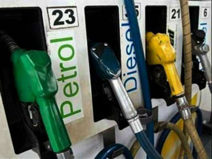 Oil companies cuts petrol and diesel price for 8th day on Wednesday- India TV Paisa