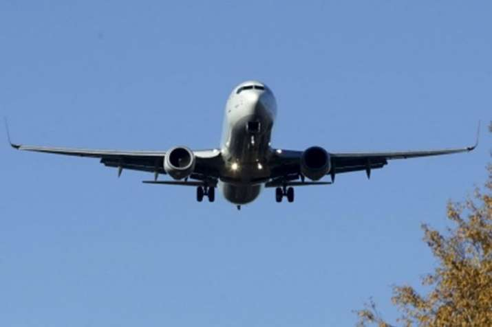 Air passengers count rose to 100 million in India- India TV Paisa