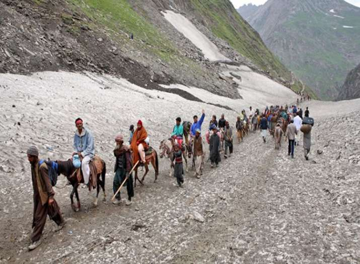 Amid tight security, first batch of Amarnath pilgrims to...- India TV