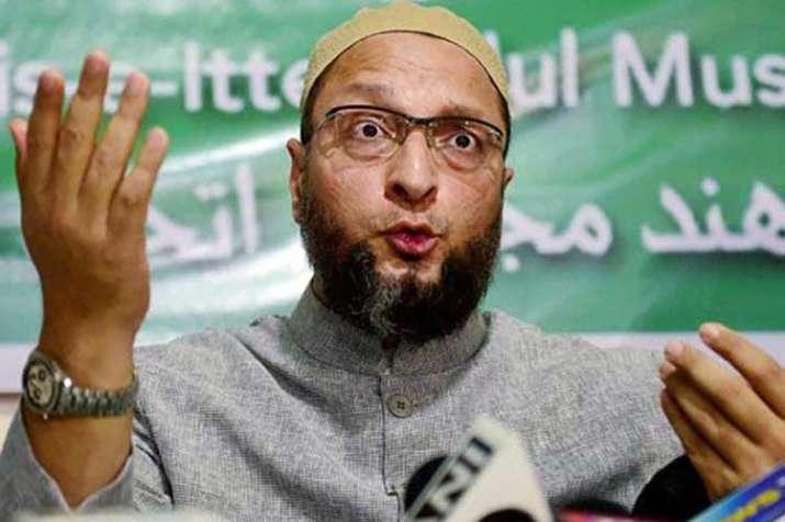 असदुद्दीन ओवैसी का विवादित बयान, कहा-धर्म के आधार पर वोट दें मुसलमान, मचा बवाल- India TV