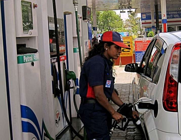 No cut in petrol and diesel on Wednesday as oil crude oil prices are stable- India TV Paisa
