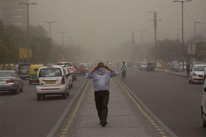 No relief from dust in Delhi till 3 days says Skymet weather - IndiaTV Paisa