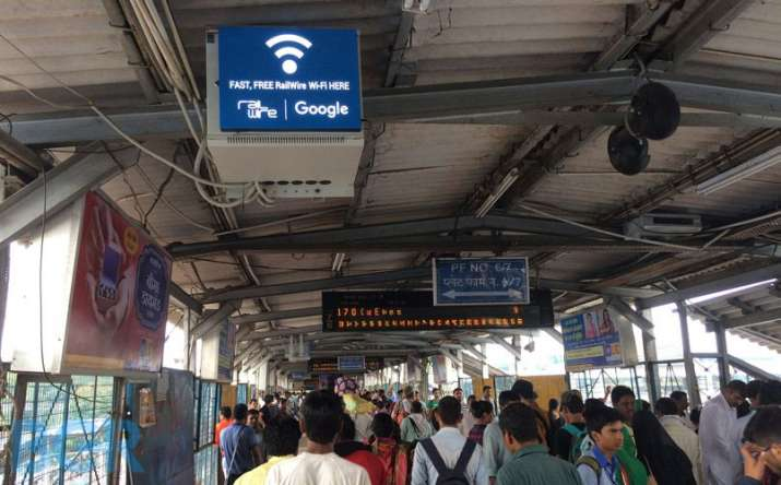 Free Wifi is now available in 400 railway stations in India says Google- IndiaTV Paisa