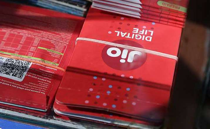 Reliance Jio launches 3 new JioLink plans starting at Rs 699 with 5GB daily data- India TV Paisa