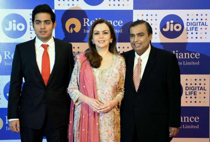 mukesh ambani- IndiaTV Paisa