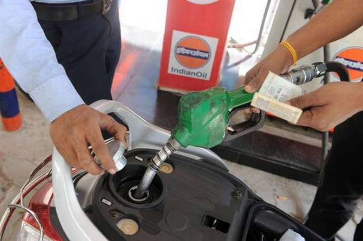 Petrol price falls below Rs 78 on Monday in Delhi- India TV Paisa