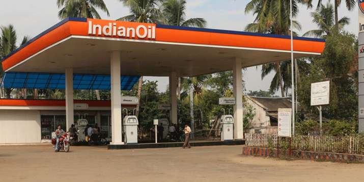 Oil companies plan to add 25000 petrol pumps- India TV Paisa