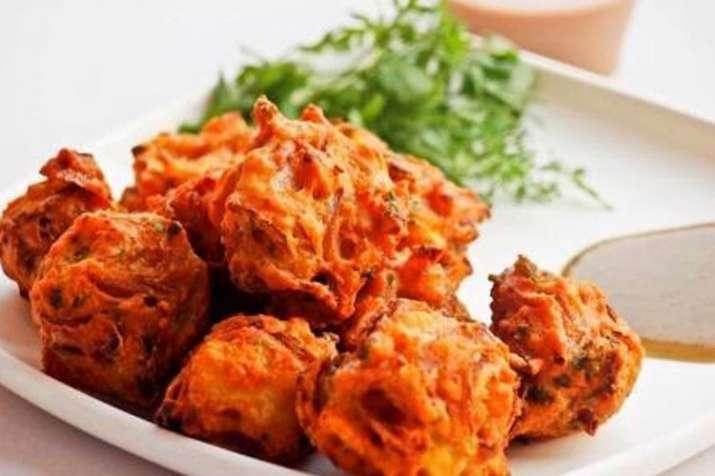 Pyaz ke pakode recipe in hindi- India TV