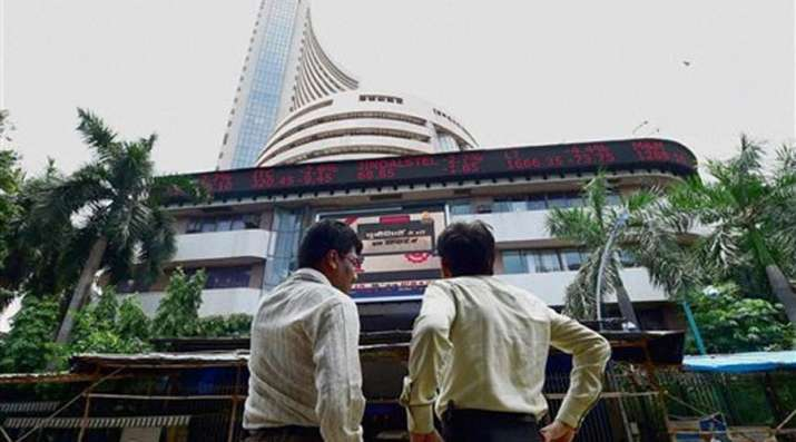 Sensex and Nifty closes slightly up on Monday- India TV Paisa