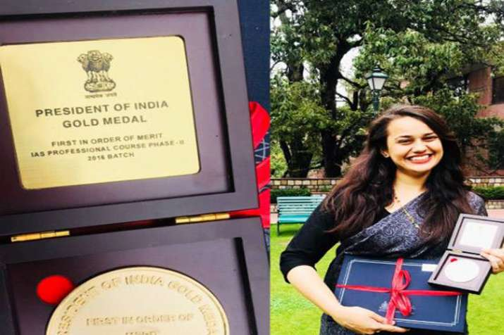 UPSC टॉपर रहीं टीना डाबी ने फिर किया टॉप, मिला ये अवॉर्ड- India TV