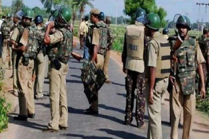 खूंटी में सांसद करिया मुंडा के अपहृत चार अंगरक्षकों को पुलिस ने सुरक्षित छुड़ाया- India TV