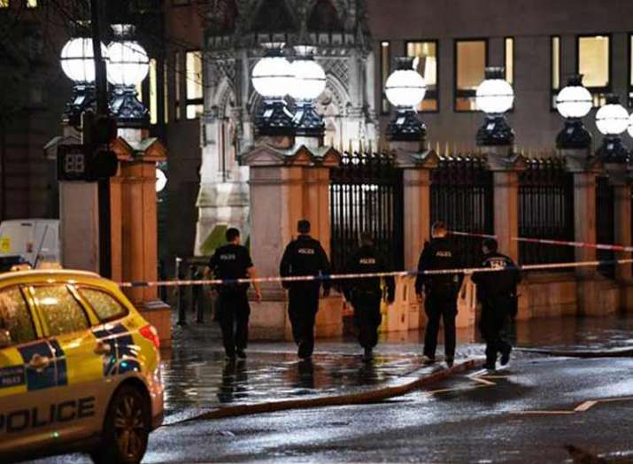 Charing Cross station in London evacuated after bomb...- India TV