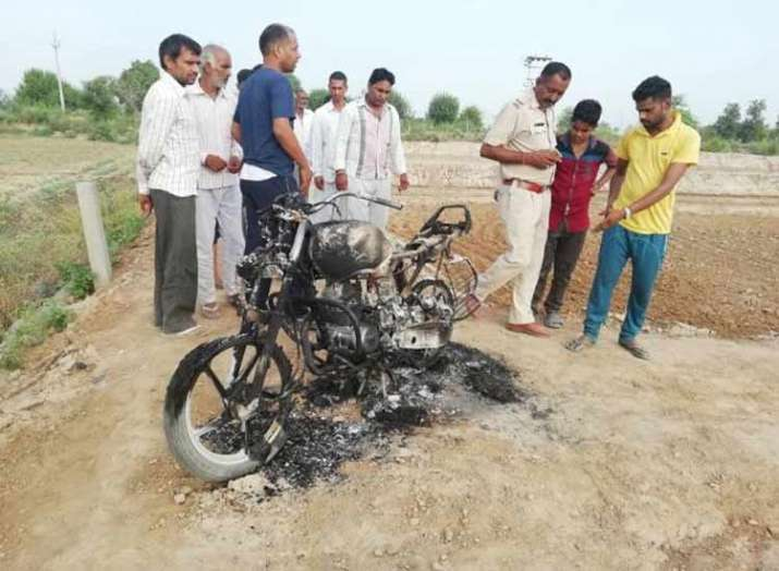 Riots for water leave 12 injured in Hisar- India TV