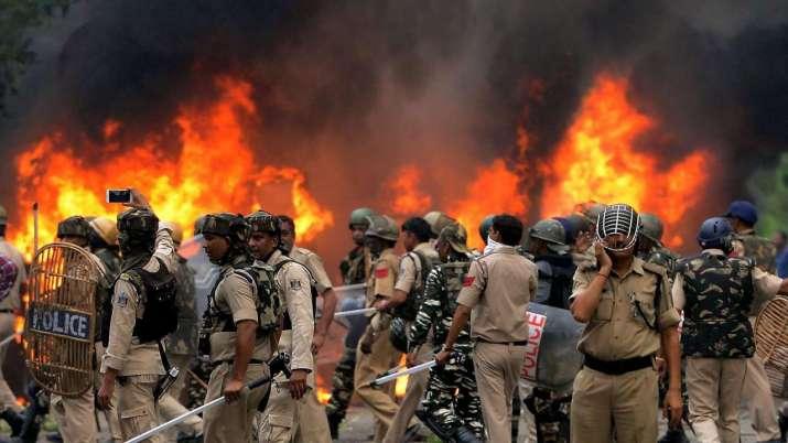 Violence- India TV Paisa