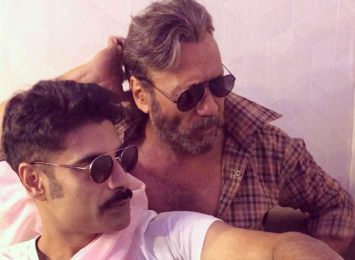 Sikandar Kher calls Jackie Shroff a 'stud'- Khabar IndiaTV