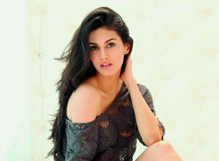 Amyra Dastur- India TV