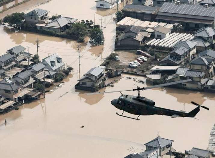 जापान में बाढ़ के...- Khabar IndiaTV
