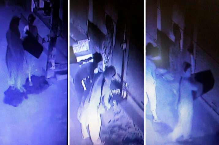 Burari deaths: CCTV footage shows family members brought...- India TV