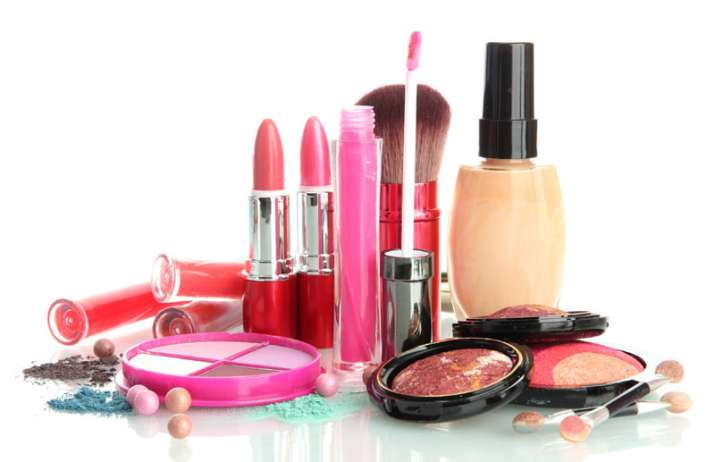 Cheap and imported cosmetics products can be fake says industry- India TV Paisa