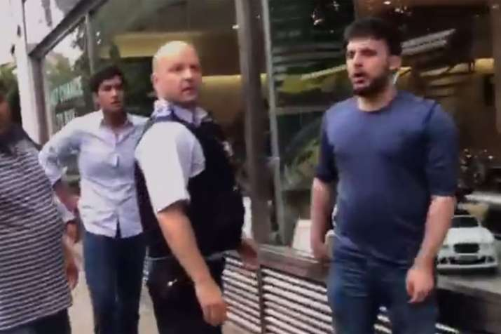 हाथापाई के मामले में नवाज शरीफ के नाती-पोते को ब्रिटिश पुलिस ने किया गिरफ्तार- India TV