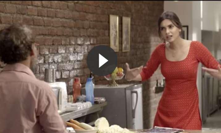 Happy Phirr Kyun Bhagi/Happy Phirr Bhag Jayegi- India TV