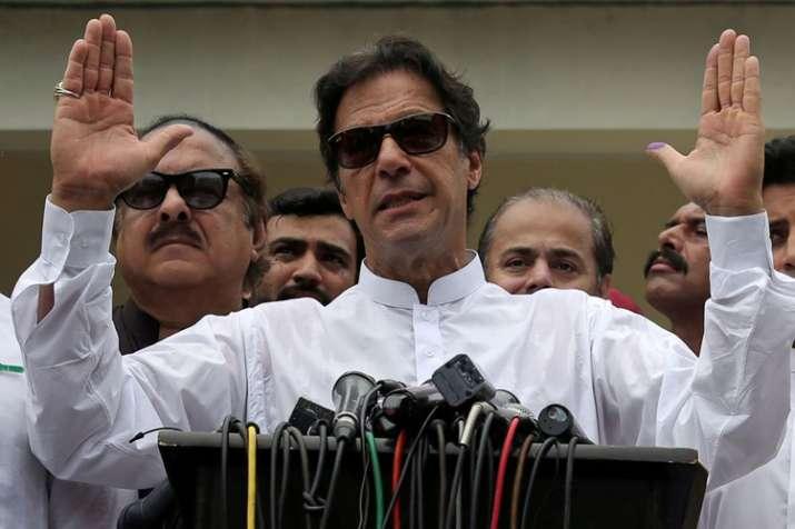 इमरान खान पूर्ण बहुमत से दूर, बिना गठबंधन सरकार बनाना मुश्किल- India TV