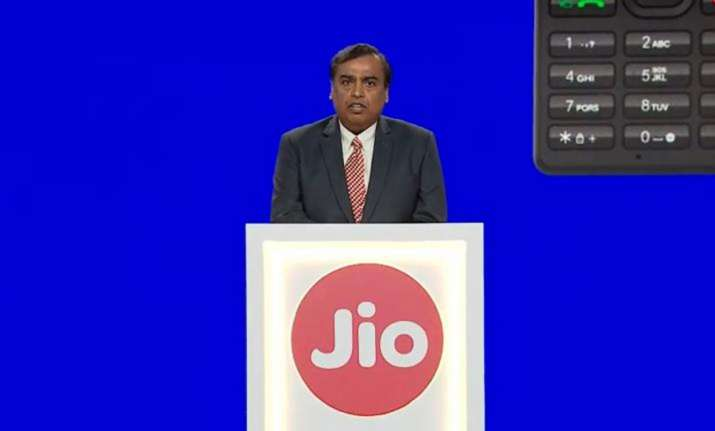 Know how Jio GigaFiber can reduce your cable of DTH bill- India TV Paisa