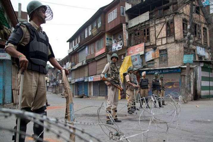कश्मीर घाटी में अलगाववादियों के बंद से जनजीवन प्रभावित- India TV