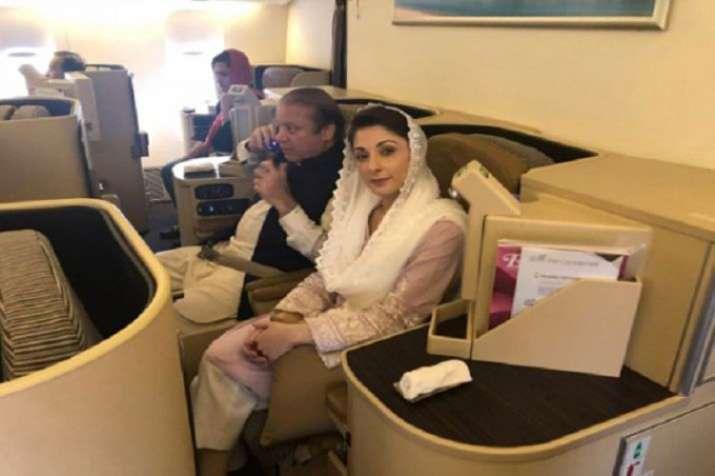 Nawaz Sharif with daughter - Khabar IndiaTV