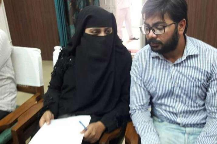 निदा खान और फरहत नकवी के खिलाफ एक और फतवा, मिली 3 दिन में देश छोड़ने की धमकी- India TV