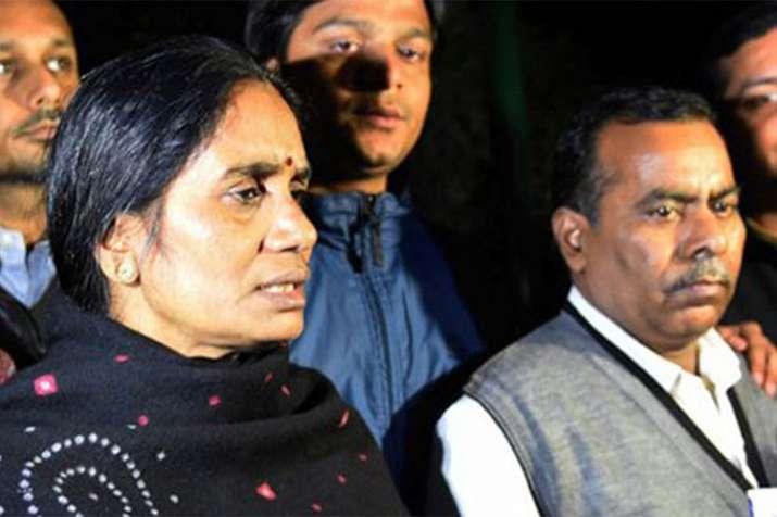 Nirbhaya's parents Badrinath Singh and Asha Devi | PTI Photo- Khabar IndiaTV