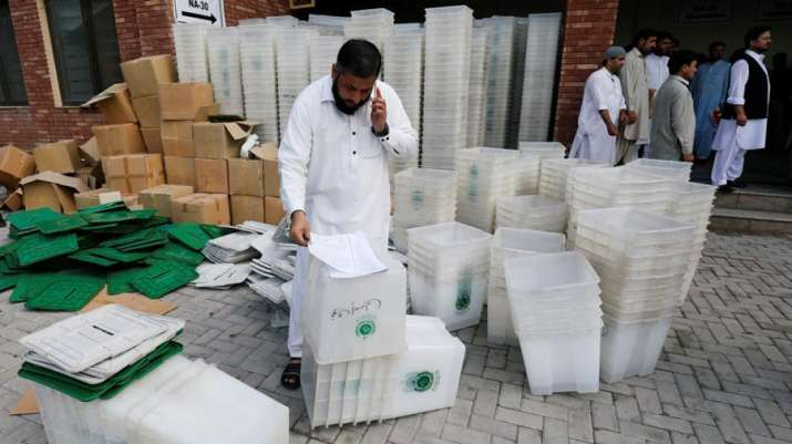 Pakistan Stock Market rose 2 percent as voting start for general election- India TV Paisa