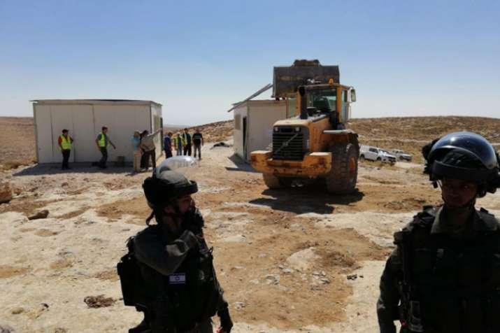 Israel demolishes Palestinian school in West Bank | twitter.com/DBaranskiW- Khabar IndiaTV