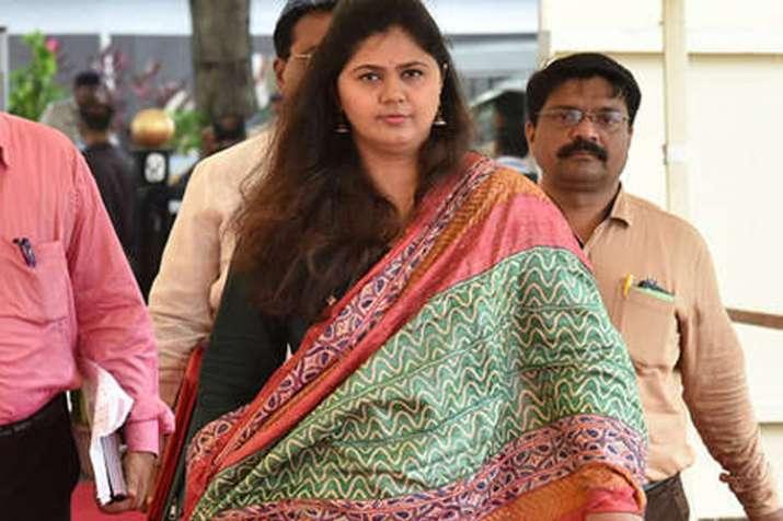 मराठा आरक्षण पर फैसले के लिए पंकजा मुंडे को मुख्यमंत्री बनाया जाना चाहिए- India TV