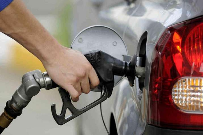 Relief on petrol and diesel price expected as crude oil falls in global market- India TV Paisa