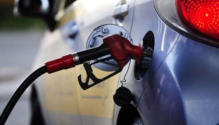 Diesel prices again surpasses Rs 68 per litre in Delhi on Monday - India TV Paisa