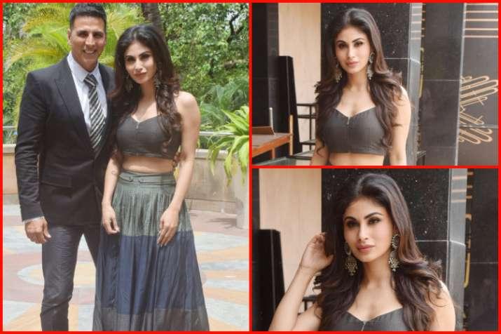 Akshay kumar and Mouni Roy- India TV