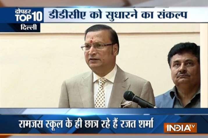 India TV chairman and editor-in-chief Rajat Sharma- Khabar IndiaTV