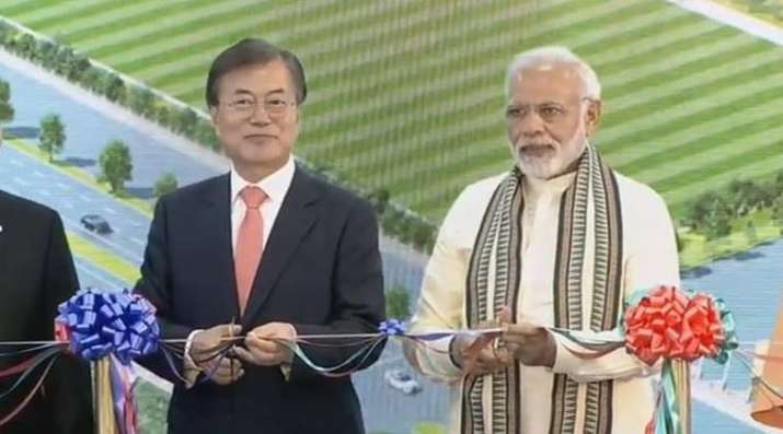 PM Modi and South Korean President Inaugrating New Samsung Mobile Manufacturing Plant in Noida- India TV Paisa