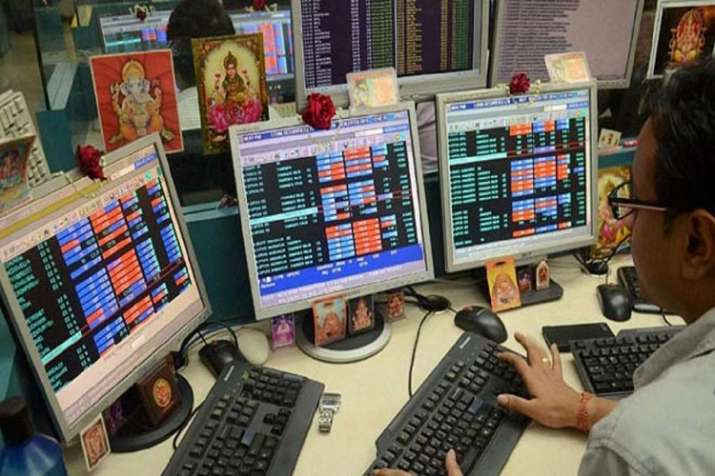 Mix trend in stock market during opening trade- IndiaTV Paisa