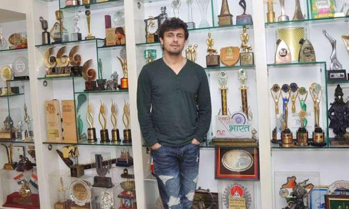 Happy Birthday Sonu Nigam- India TV