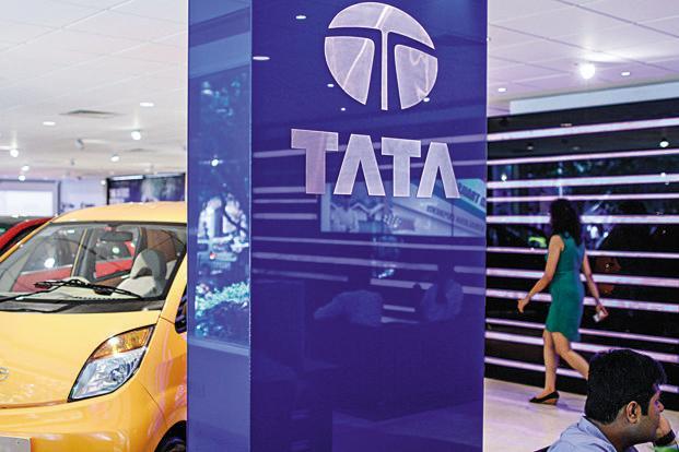 Tata Motors Showroom- IndiaTV Paisa