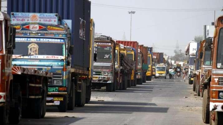 trucks- India TV Paisa