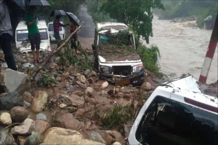 उत्तराखंड: बागेश्वर में उफनाई सरयू नदी ने मचाई तबाही, कपकोट में भी भारी बारिश से कई मकान क्षतिग्रस्त- India TV
