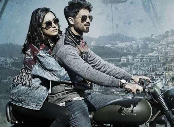 Batti Gul Meter Chalu Trailer- Khabar IndiaTV