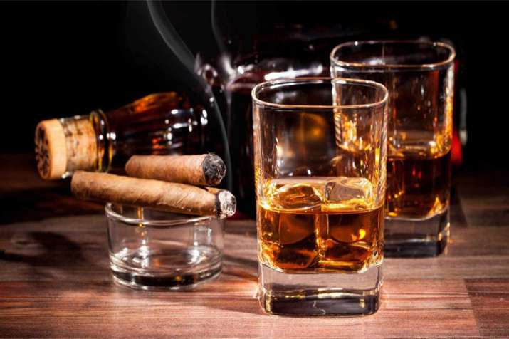 शराब और सिगरेट- India TV
