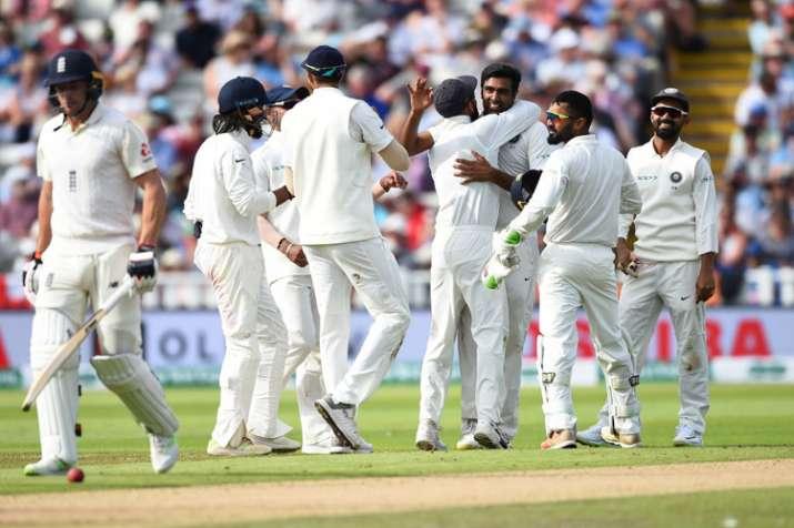 भारत बनाम इंग्लैंड टेस्ट मैच, दूसरा दिन LIVE STREAMING - India TV