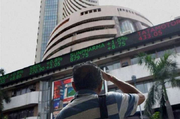 Sensex and Nifty under pressure before SBI Results- India TV Paisa